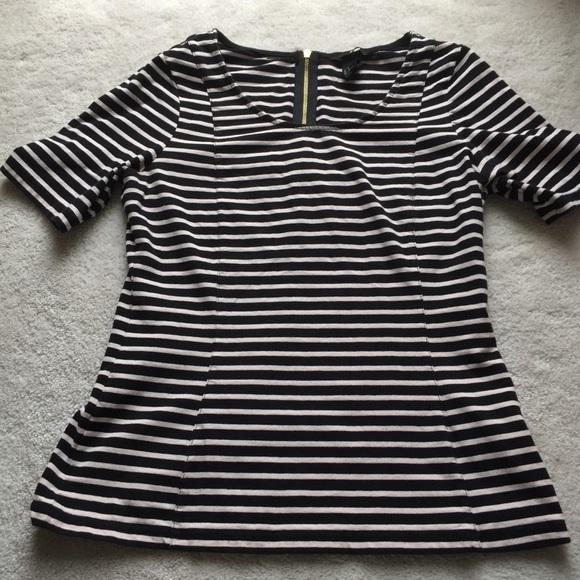 549bf117ade H&M Black White Striped Top Sz M